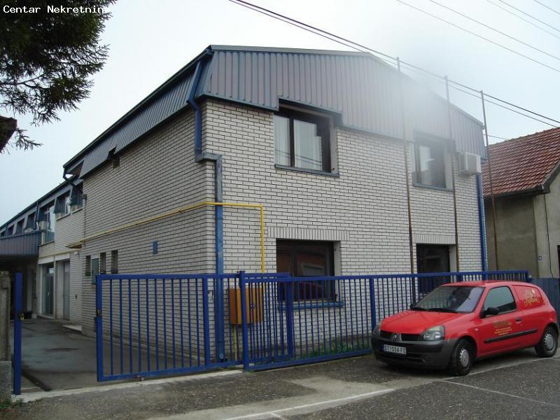 Poslovno-upravna zgrada