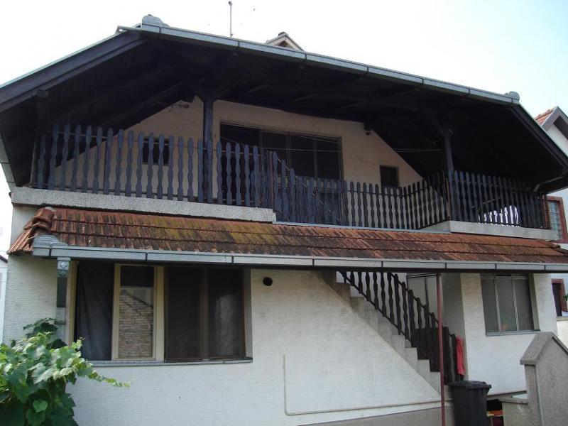 Nova, sredjena kuća u Indjiji