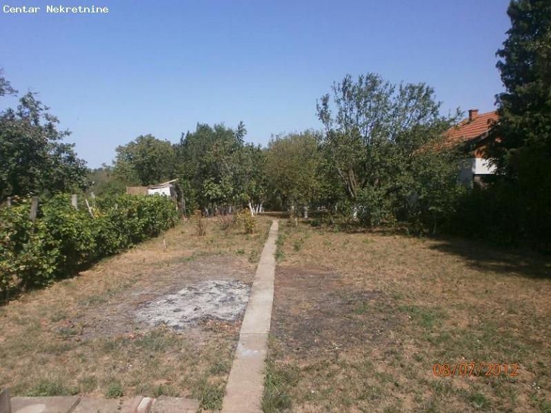 Vikend kuća na Fruškoj Gori
