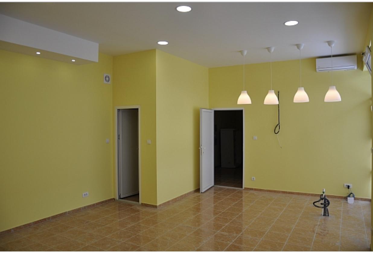 Lokal u centru Stare Pazove, 59 m2