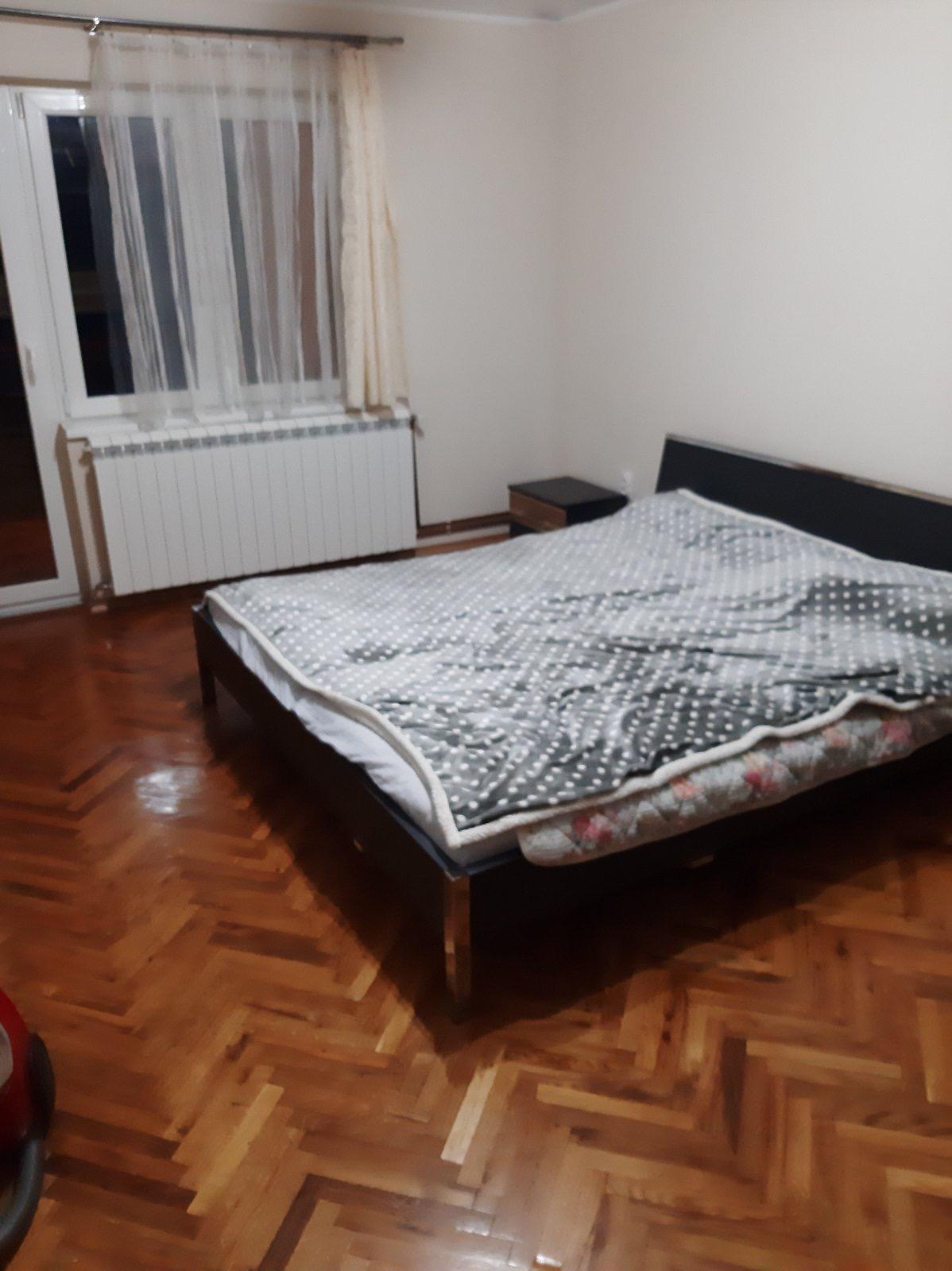 Stan 65 m2, dve spavaće sobe, CG gas, I sprat, Inđija
