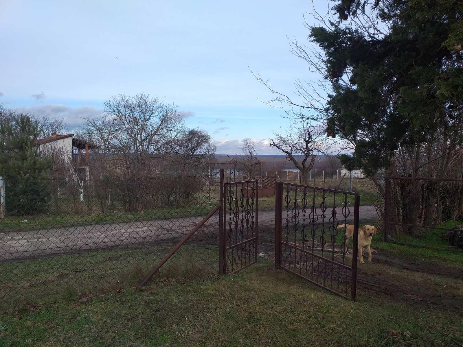 Vikend kuća 50 m2, plac 25 ari, Krčedin, Dunav