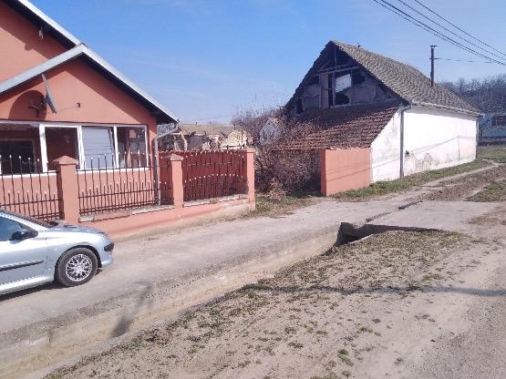 Extra sređena prizemna kuća, Čortanovci, 120 m2