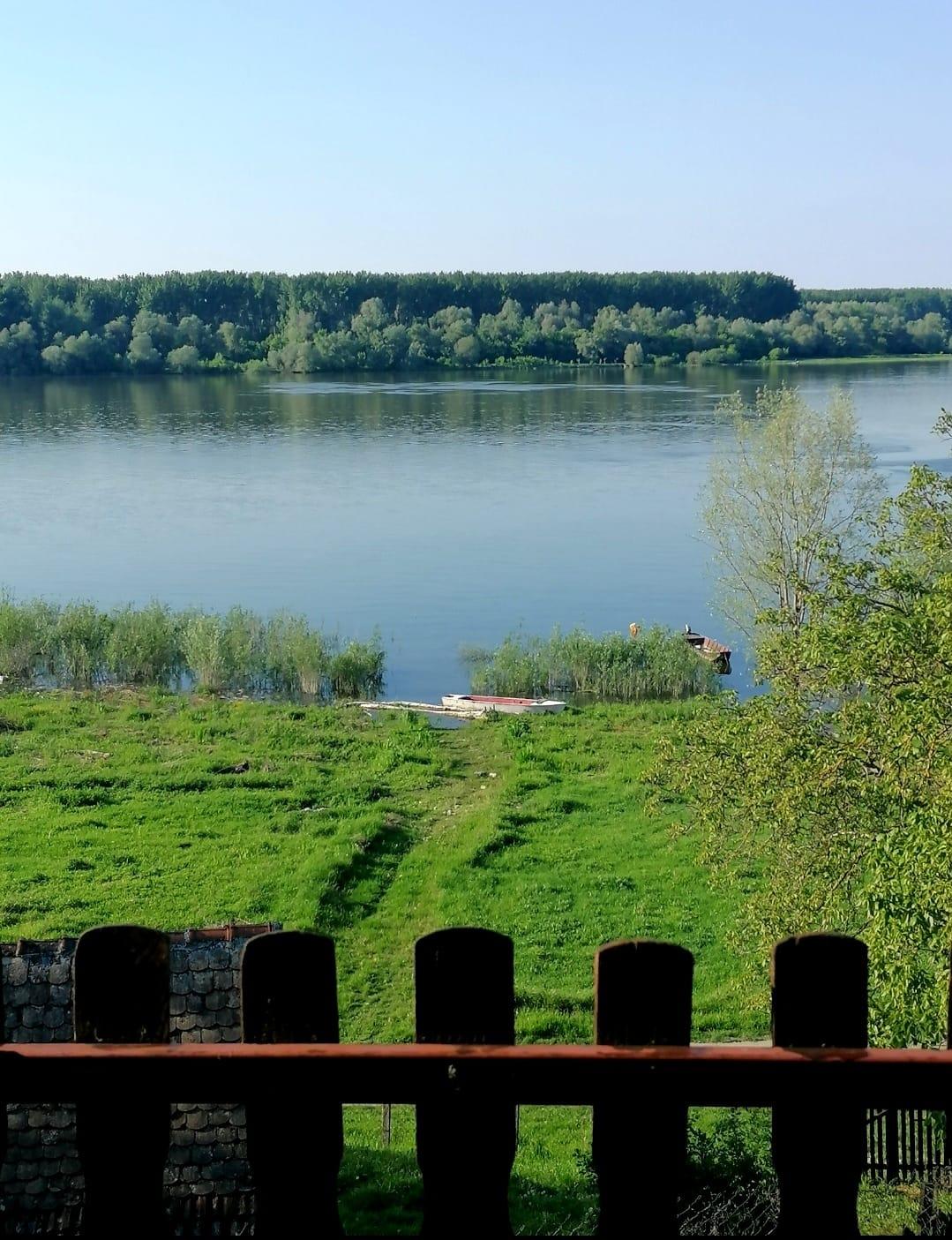 Vikendica u Beški, pogled na Dunav